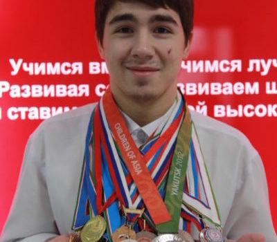 Евгений Мухамедзянов