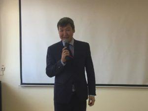 Министерство предпринимательства, торговли и туризма РС (Я) поздравило учащихся с Днем государственности РС (Я)